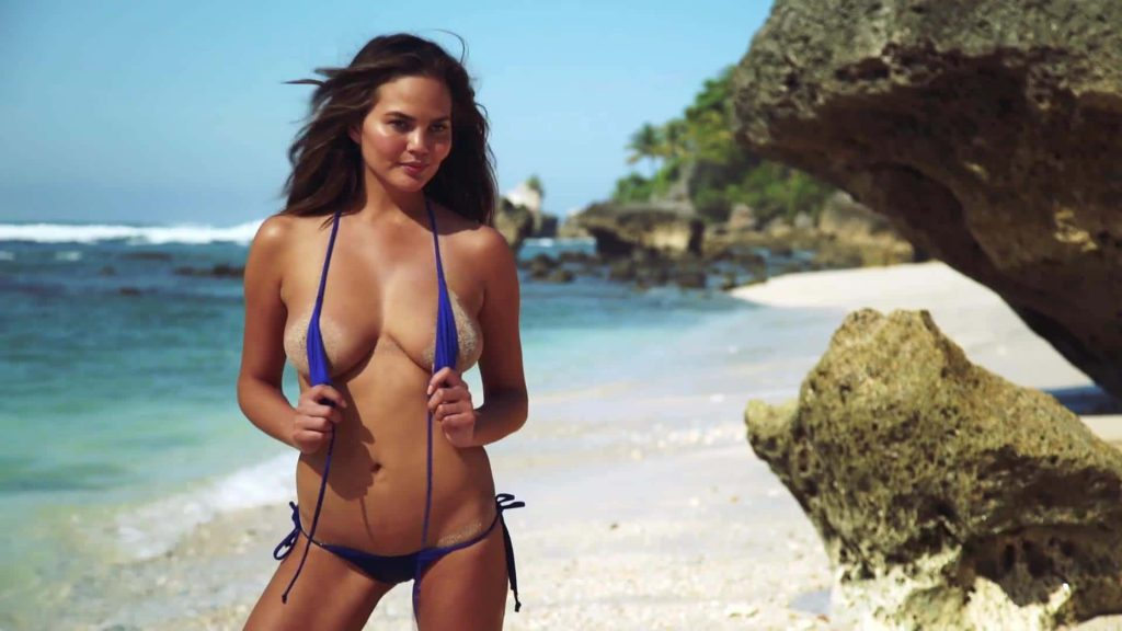 Chrissy Teigen beach photo