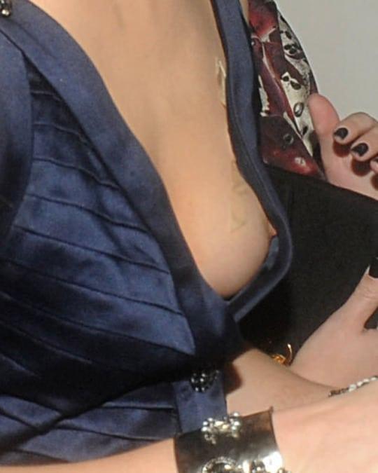 Emma Watson nipple pics