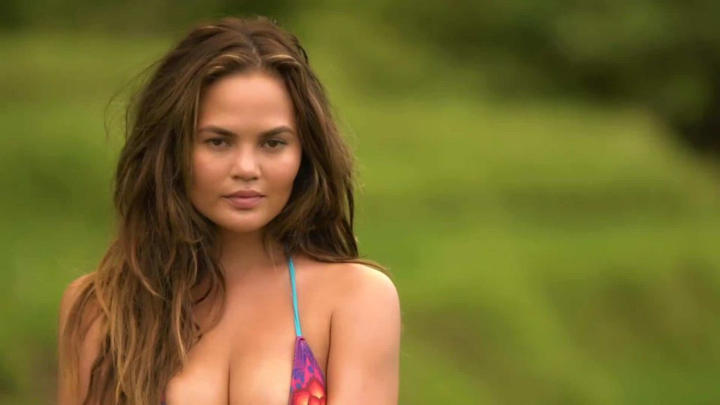 cute Chrissy Teigen