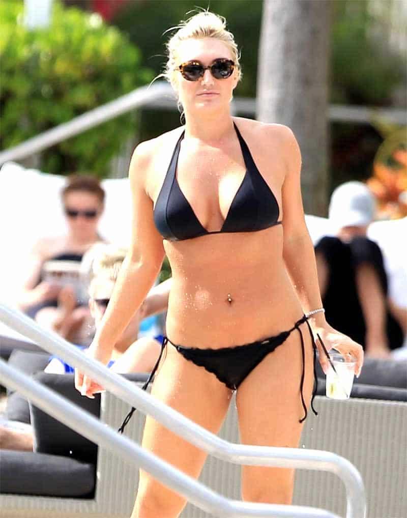 Brooke Hogan bikini photos