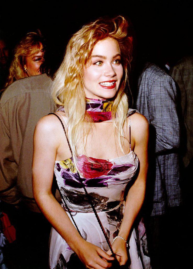 Christina Applegate Sexy Pics