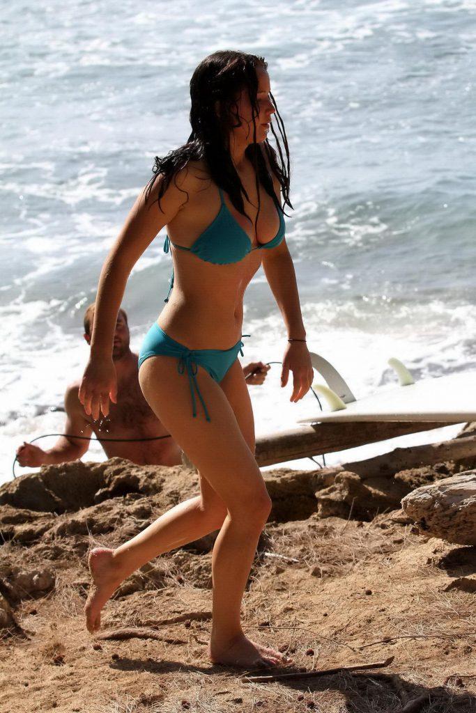 jennifer lawrence bikini pics