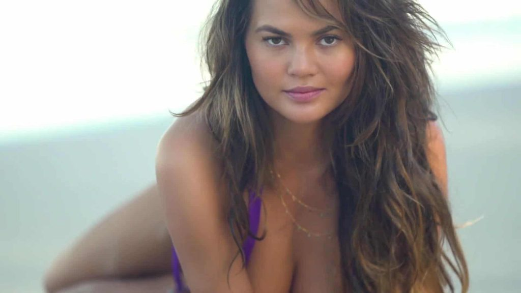 Chrissy Teigen boobs