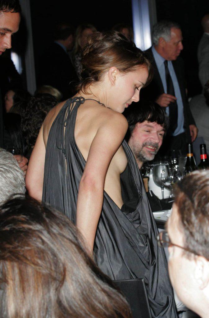 Natalie Portman Nip Slip Photos
