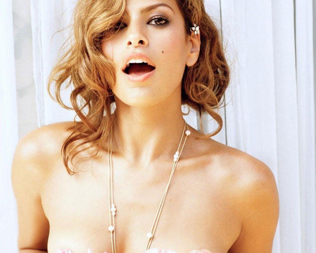 Eva Mendes nude pics