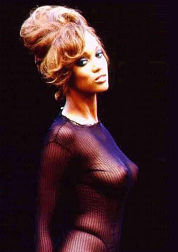 Tyra Banks No Source Celebrity Beautiful Babe Posing Hot