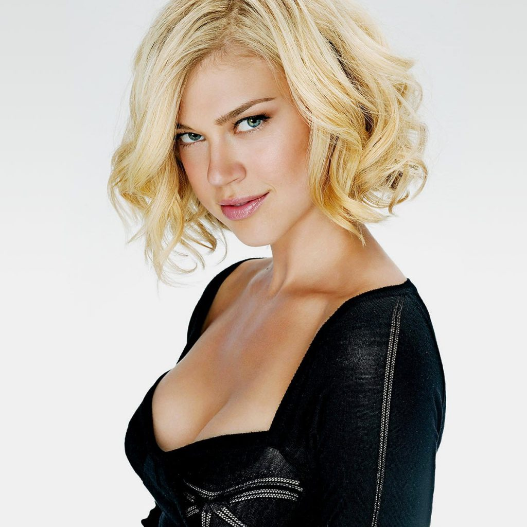 Adrianne Palicki Sexy Pics