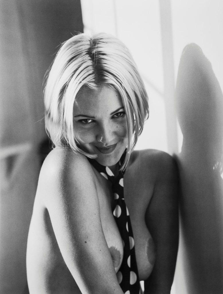 Drew Barrymore Nude Pics & Sexy Photos