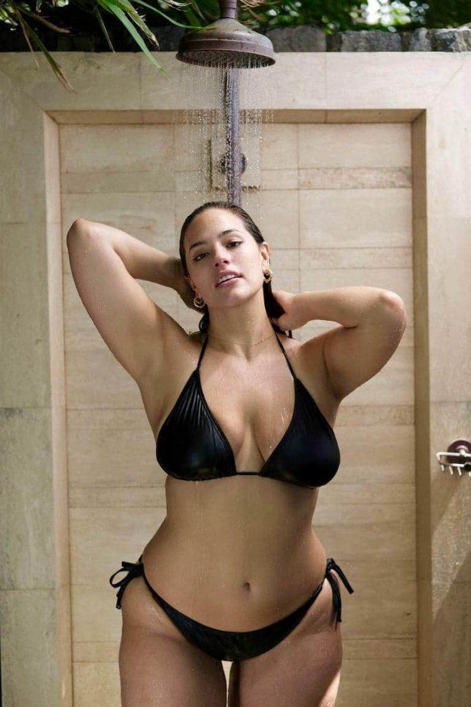 Ashley Graham Sexy Pics