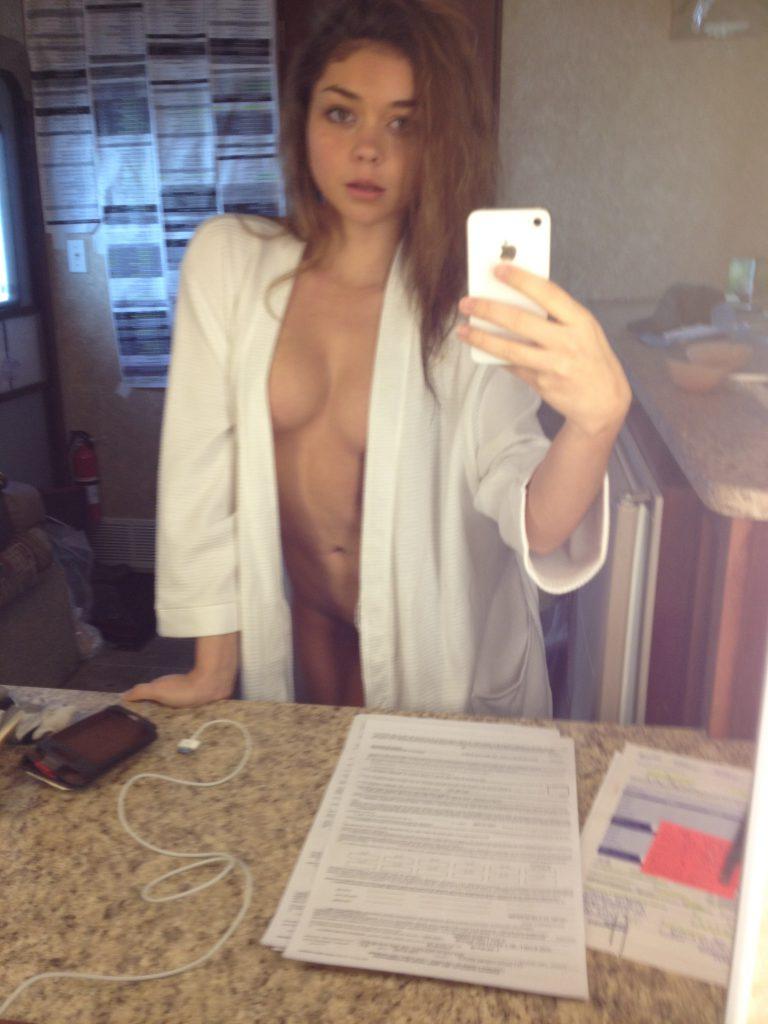 Sarah Hyland Nude Photos