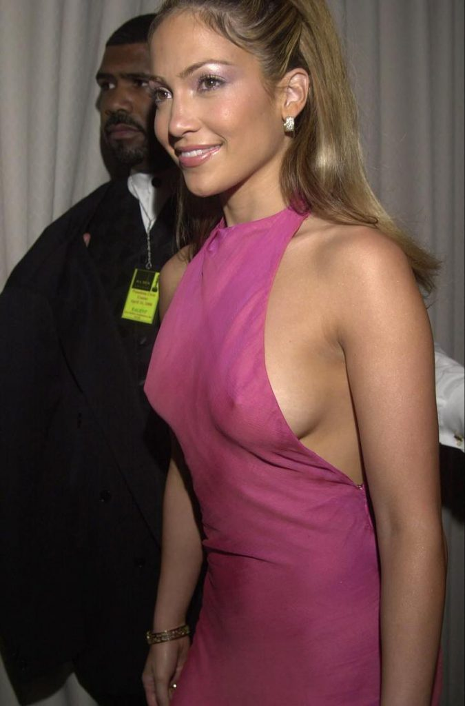 Jennifer Lopez Sexy Pics nude boobs