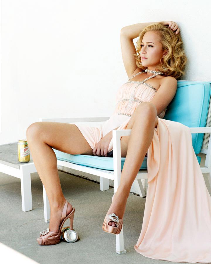 Hayden Panettiere Sexy Pics
