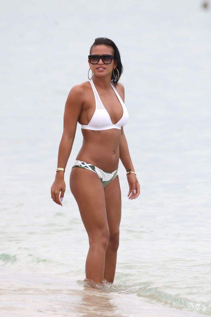 Cassie Ventura Sexy Bikini Photos