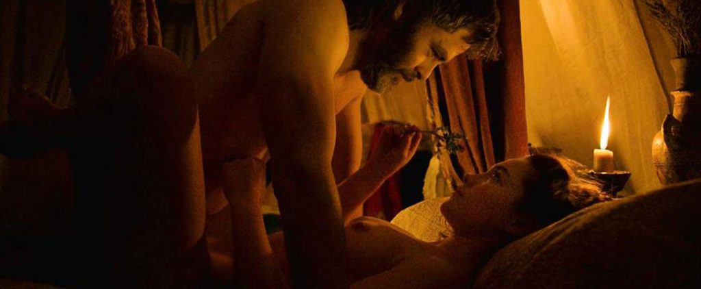Florence Pugh Nude Sex Scenes Outlaw King