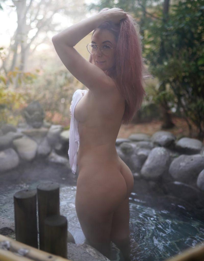 Meg Turney Nude & Sexy Photos