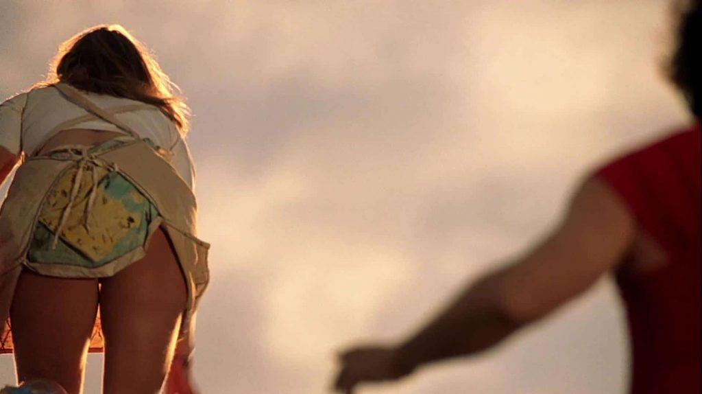 Kate Winslet Upskirt Photos