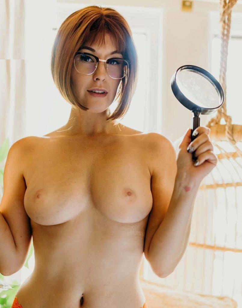 Meg Turney boobs