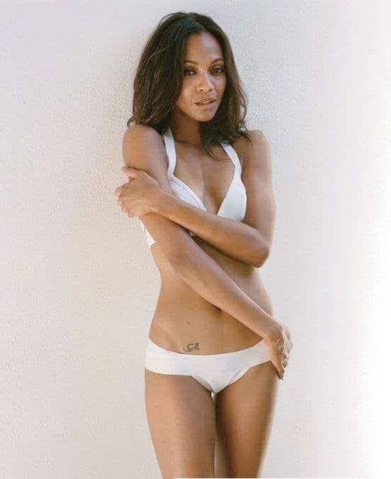 Zoe Saldana sexy bikini pics