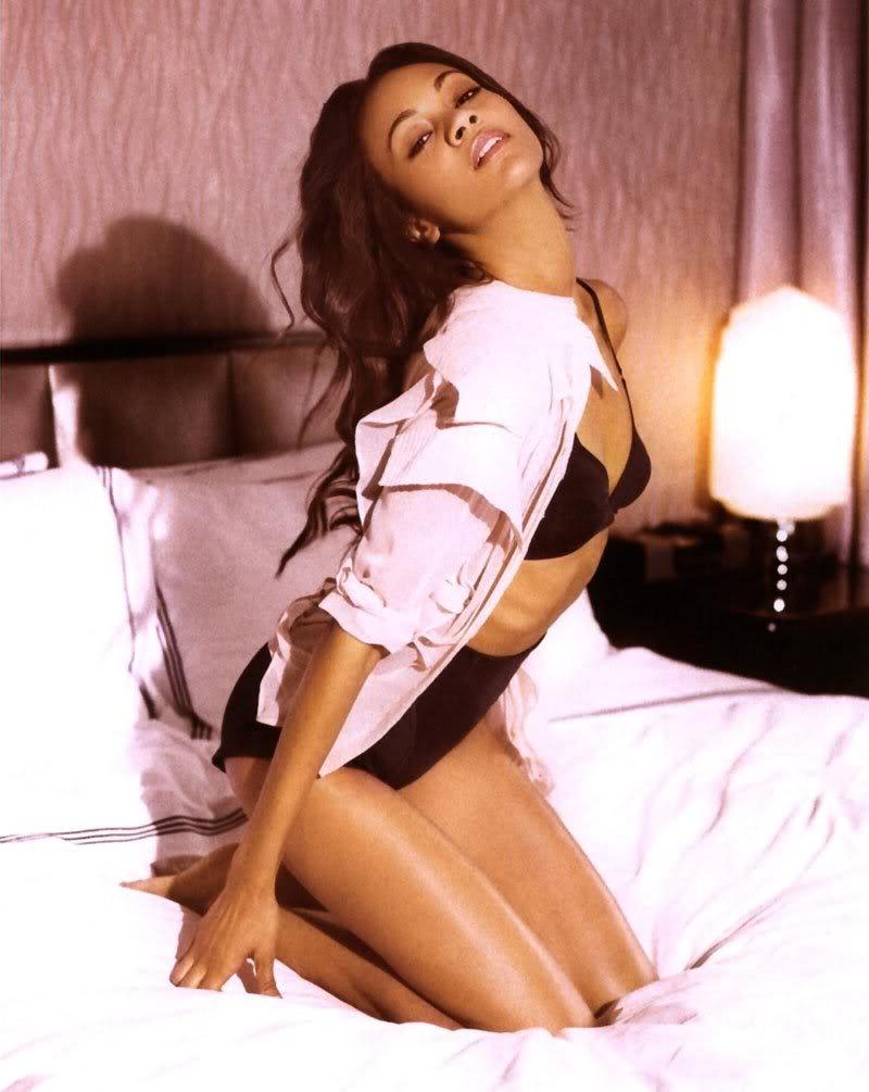 Zoe Saldana nude sexy