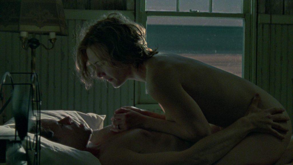 Kate Winslet Tits & Sex Scene Pics Mildred Pierce