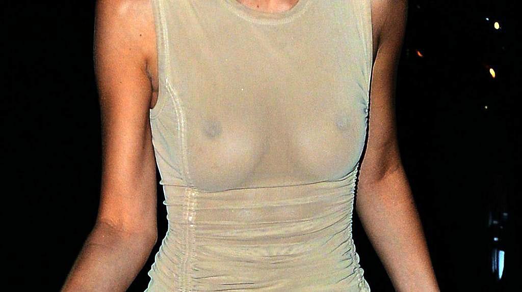 Bella Hadid sexy photos
