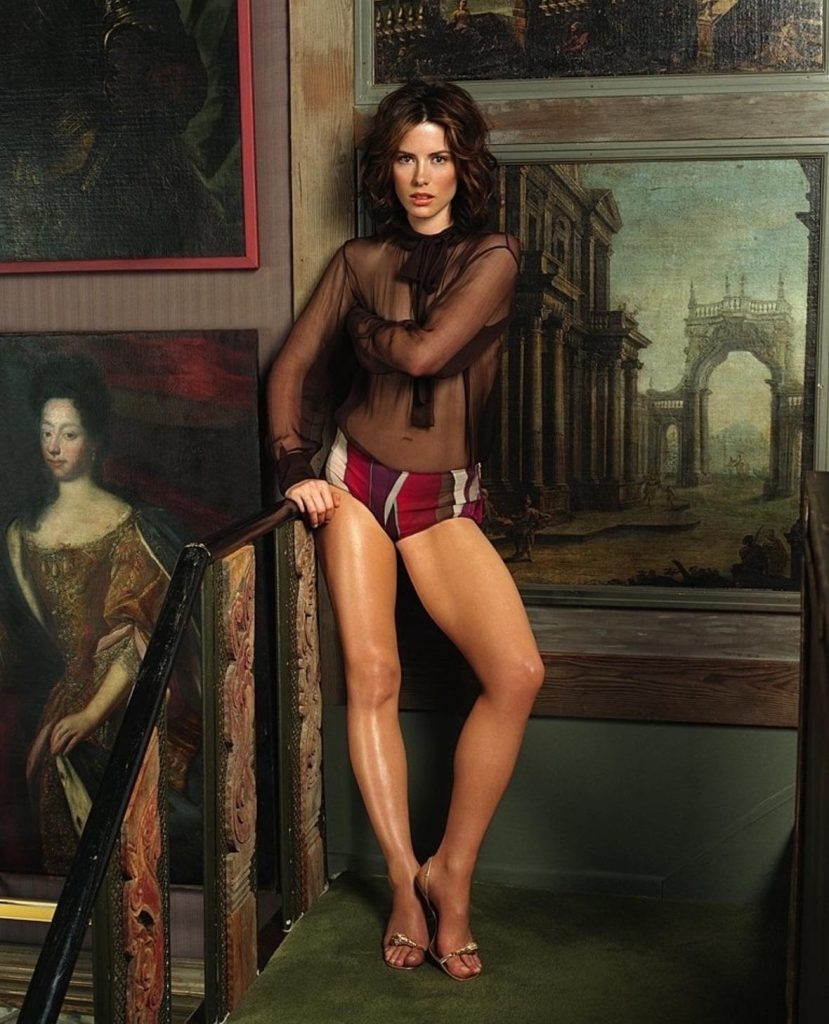 Kate Beckinsale Sexy Gallery – Legs