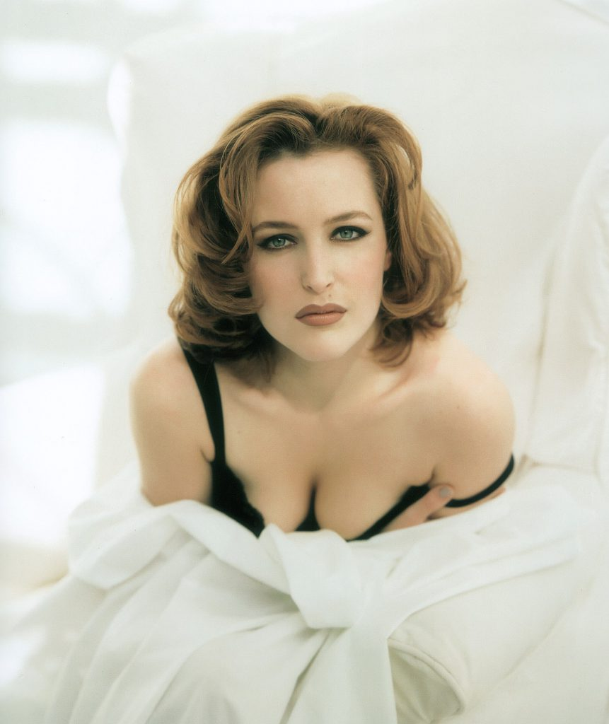 Gillian Anderson Sexy Photos
