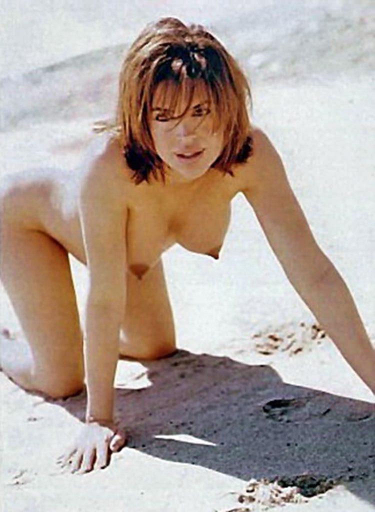 Lisa Rinna Nude Beach Pics