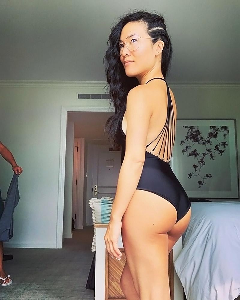 Ali Wong nude sexy photos