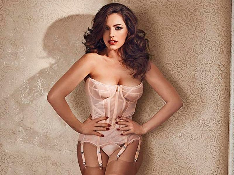 Kelly Brook hot sexy pics
