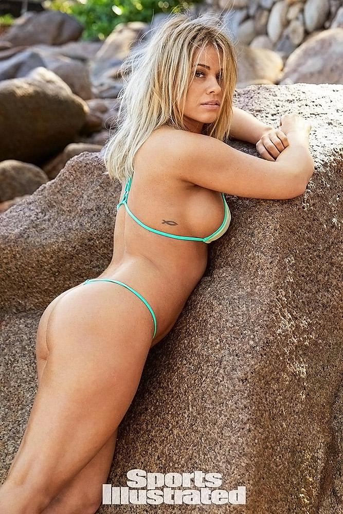 Paige VanZant nude sexy