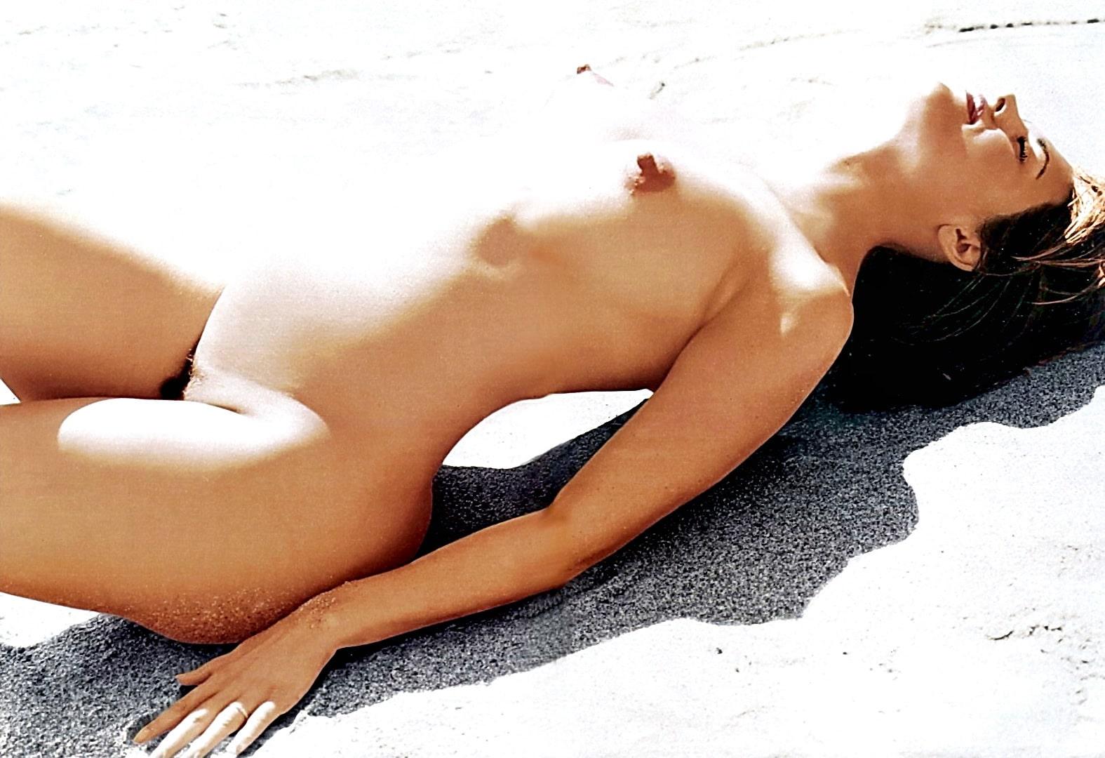 Lisa vandervoort naked