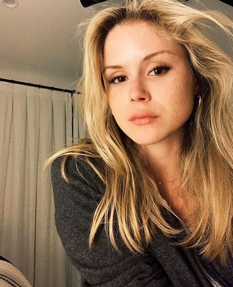 sexy Erin Moriarty