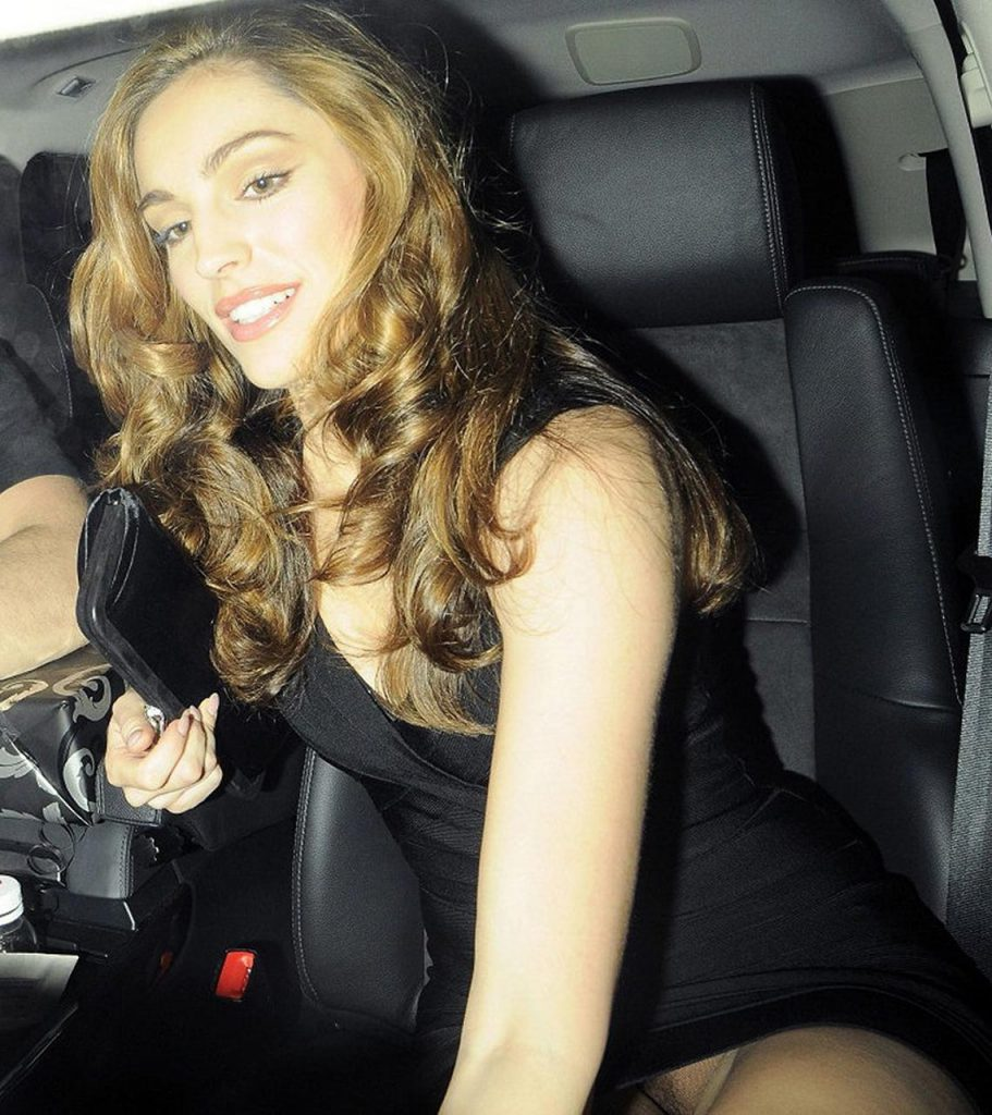 Kelly Brook Upskirt Pics