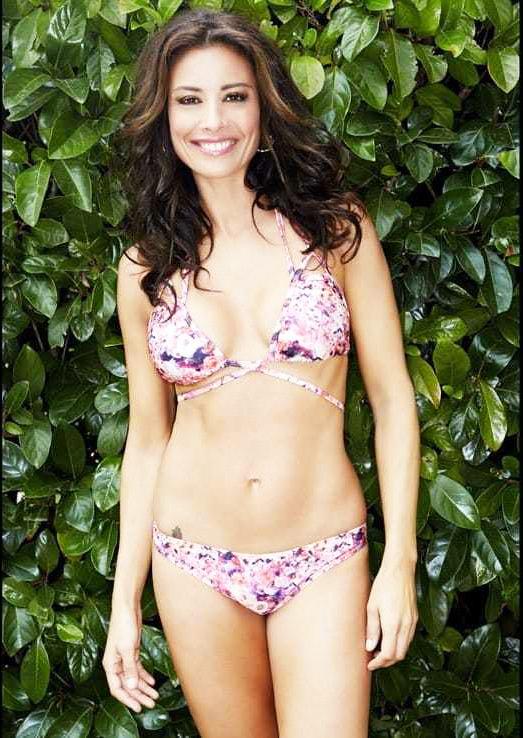 Melanie Sykes bikini pics