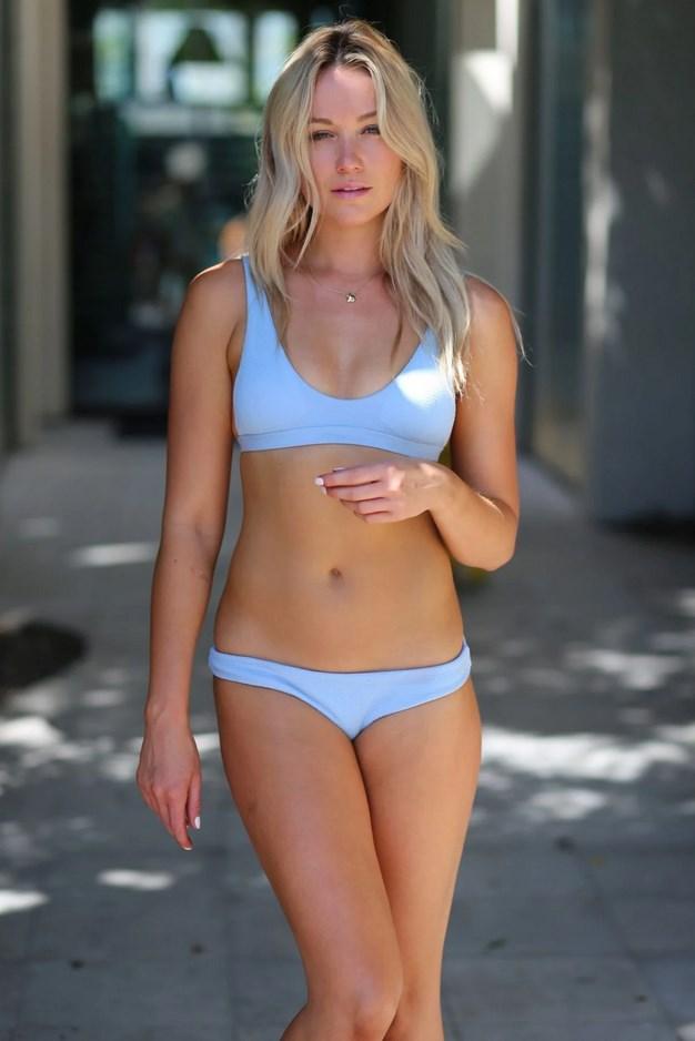 Katrina Bowden Nude Sexy Pics & Her Bio! - All Sorts Here!