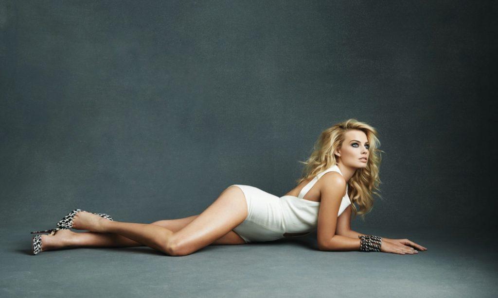 Margot Robbie Sexy Pics