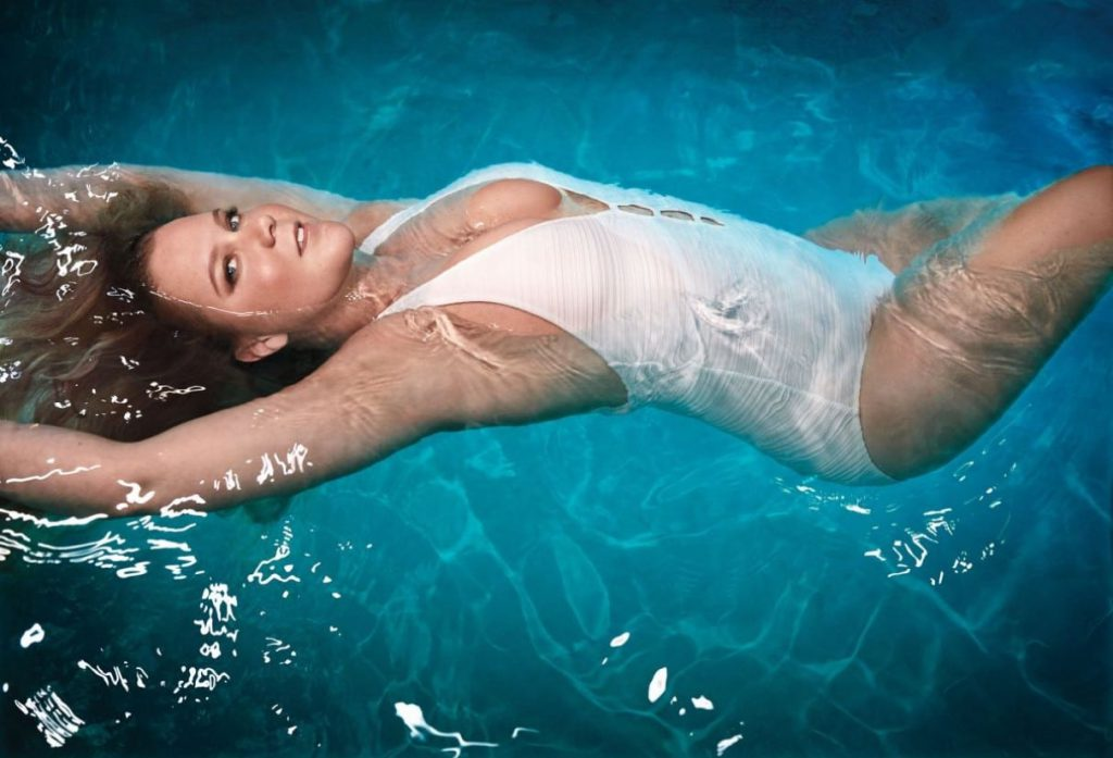 Amy Schumer Sexy Pics