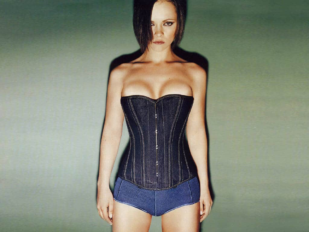 Christina Ricci Sexy Pictures