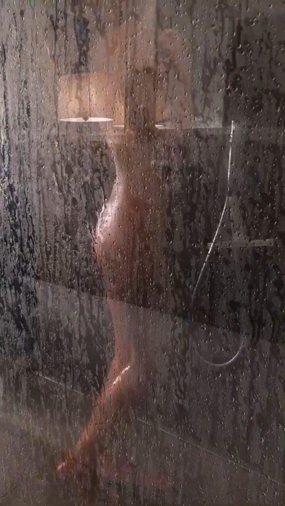 Heidi Klum Naked Nude Sexy Shower Pics