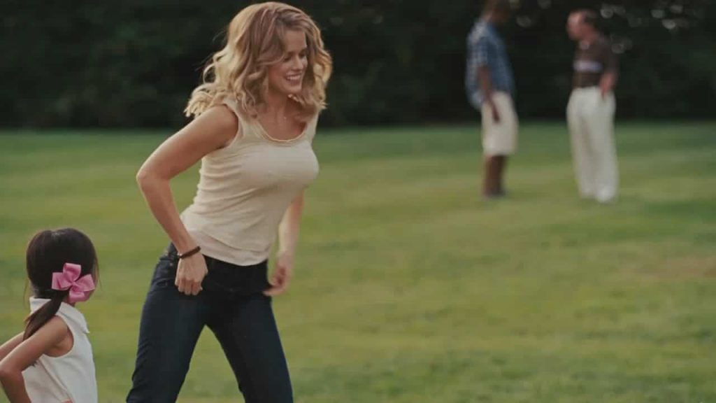 Alice Eve Sex and the city 2