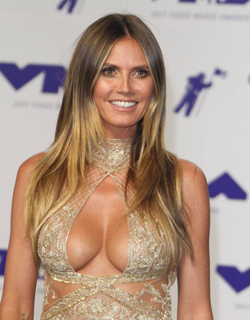 Heidi Klum Sexy hot nude nake boobs