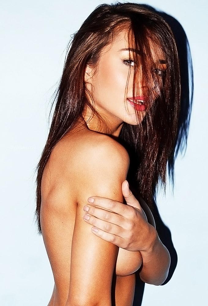 Amy Jackson Nude Sexy Hot Naked Pics