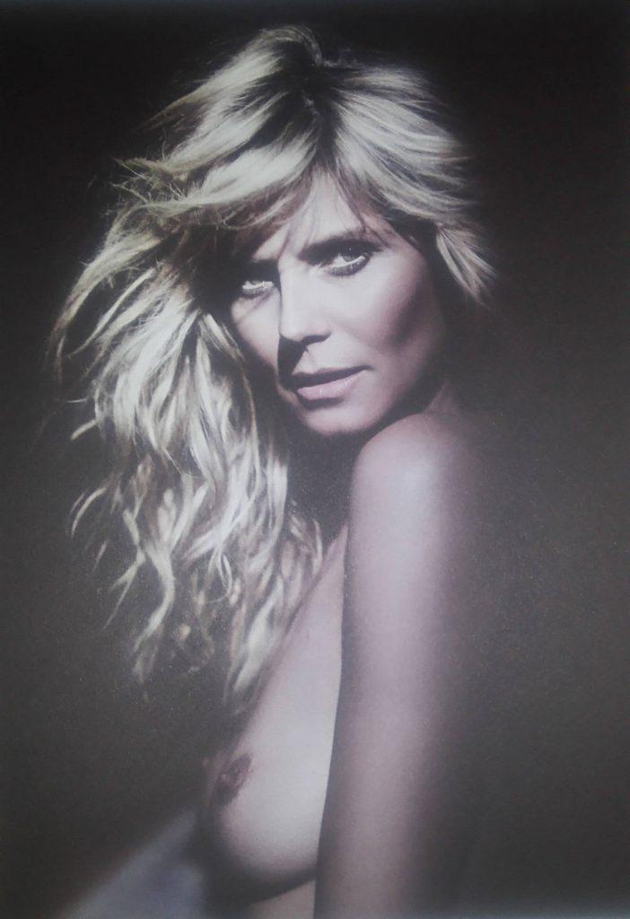 Heidi Klum Nude naked boobs Modeling Photos