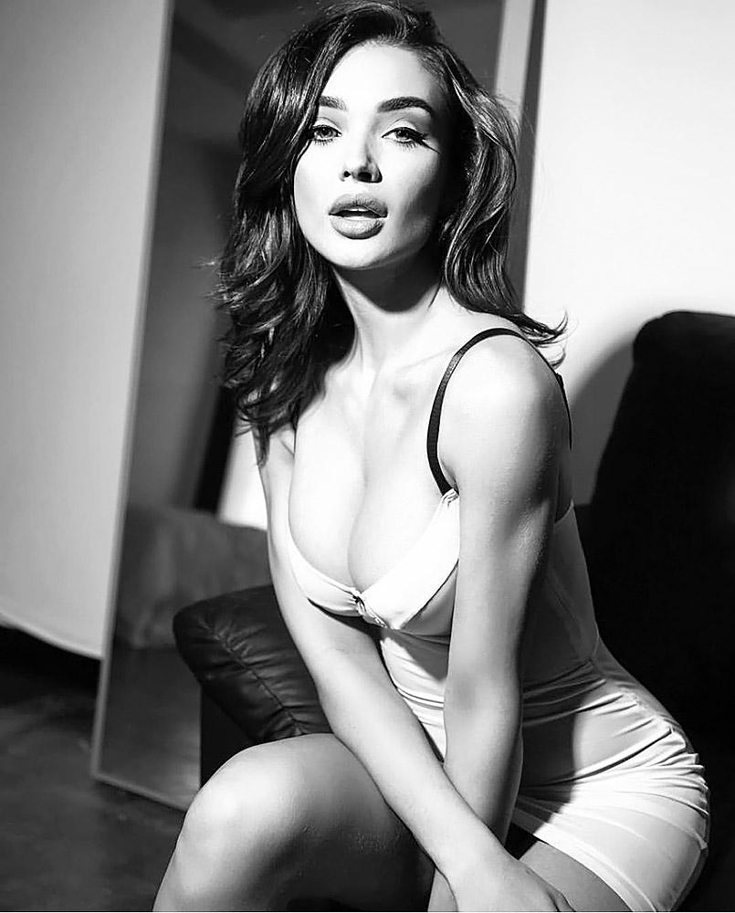 Amy Jackson nude naked sexy hot pics