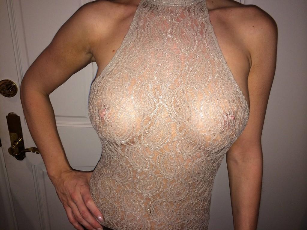 Joanna Krupa sexy hot nude nip slip pics