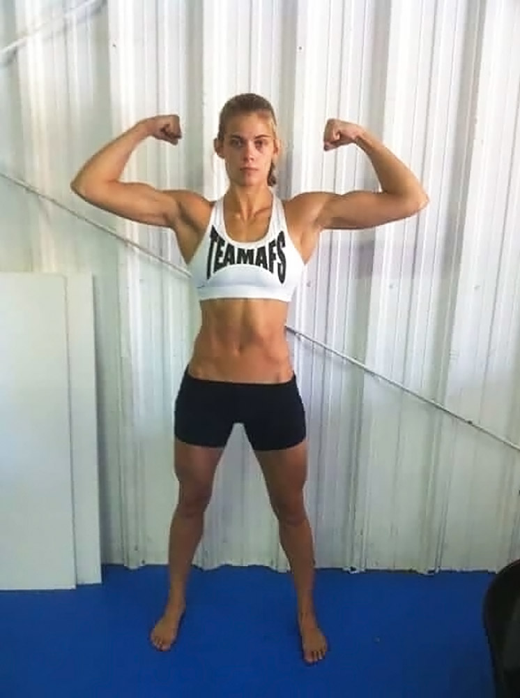 sexy hot wwe fighters