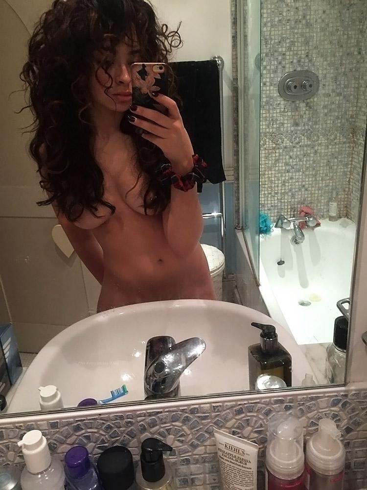 Ella Eyre Nude naked sexy hot pics
