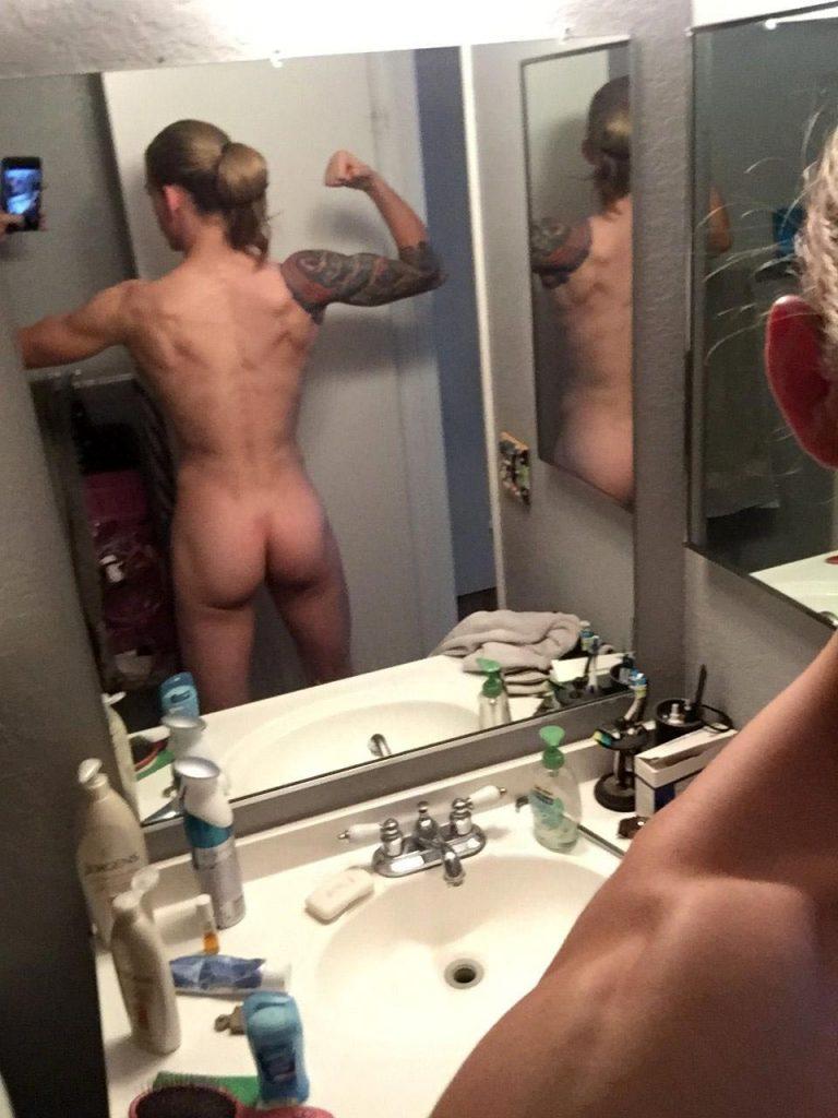 Jessamyn Duke Nude naked sexy boobs hot pics