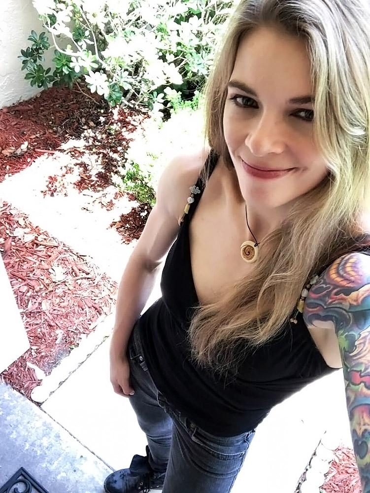 sexy hot nude naked Jessamyn Duke pics